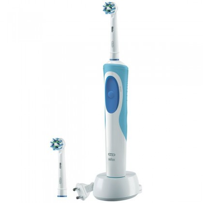 Oral-B Vitality Plus CrossAction Rotating-oscillating toothbrush Albastru, Alb